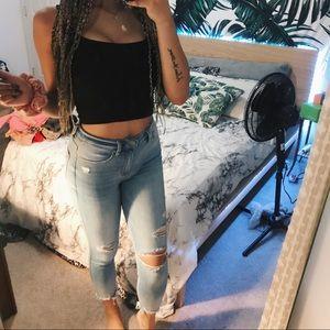 Iight wash distressed skinny jeans